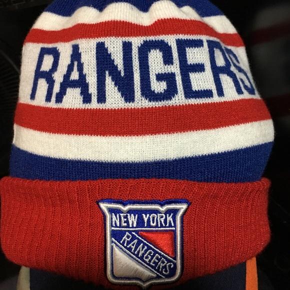 6acf0ef03c3 NHL NY New York Rangers Hat Beanie Fleece lined. M 5a377db73b1608481104137c